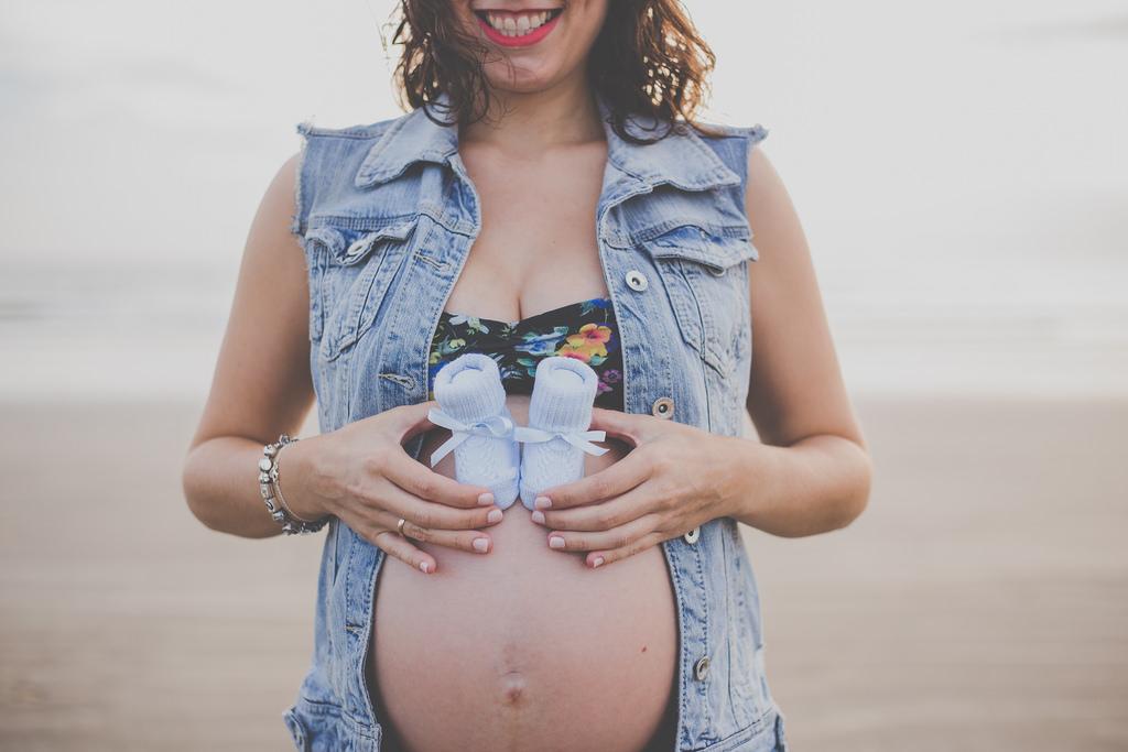 sesion embarazo silvia orduna fotografia huelva playa 37